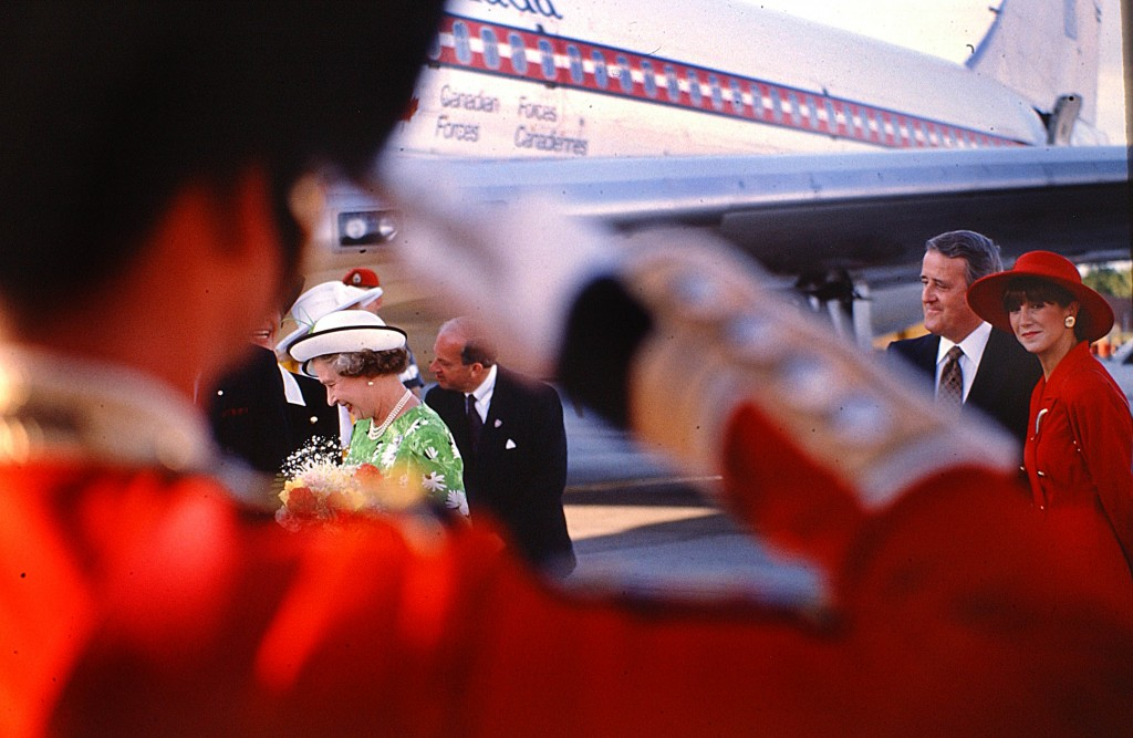 The queen is given farewell salute as she leaves Ottawa in 1992 with Prime Minister Brian Mulroney and wife Mila. Peter Bregg